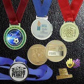Medallas y pins